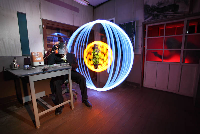 light painting light drawing light graffiti trevor williams 12 Amazing Light Paintings by Trevor Williams [25 pics]