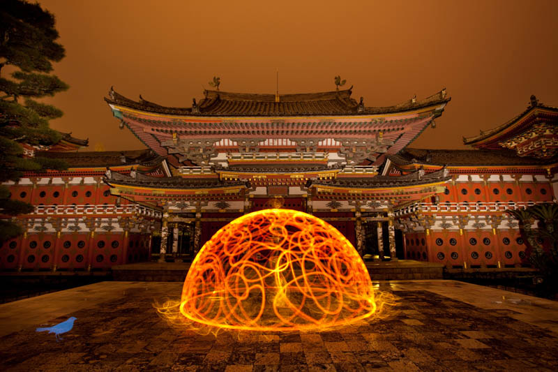 light painting light drawing light graffiti trevor williams 14 Amazing Light Paintings by Trevor Williams [25 pics]