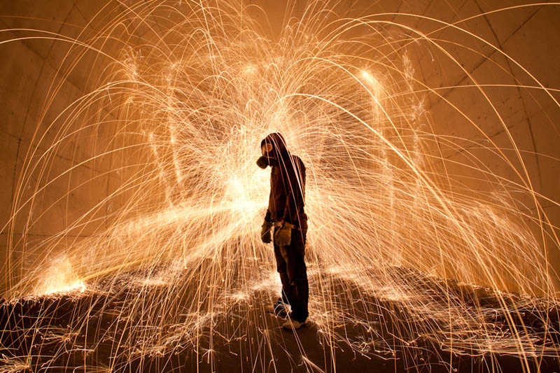 light painting light drawing light graffiti trevor williams 23 Amazing Light Paintings by Trevor Williams [25 pics]