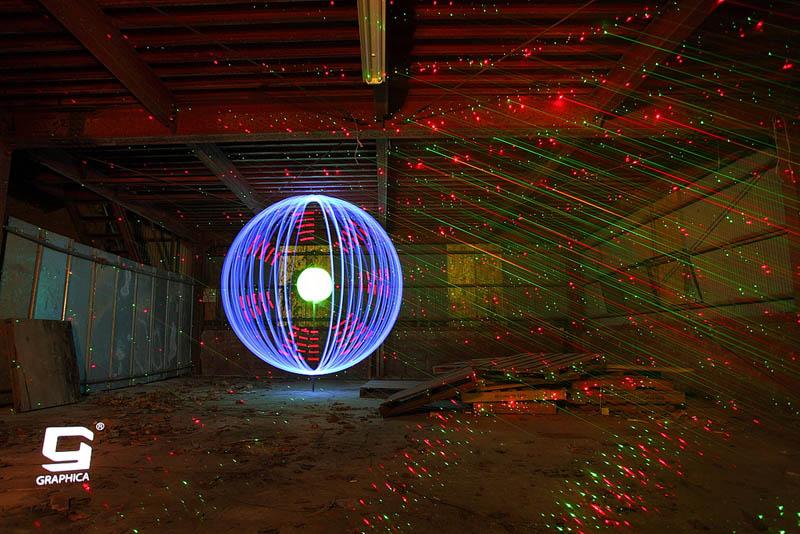 light painting light drawing light graffiti trevor williams 8 Amazing Light Paintings by Trevor Williams [25 pics]