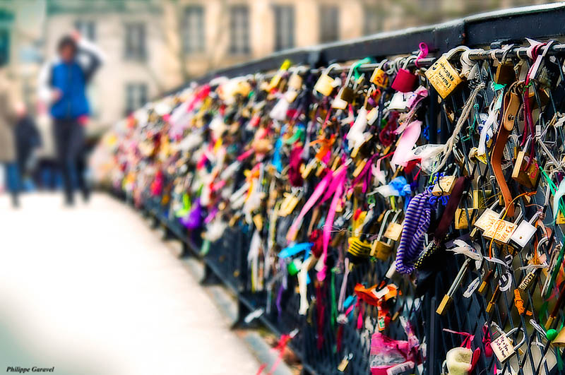 Picture of the Day: Lovers Bridge in Paris