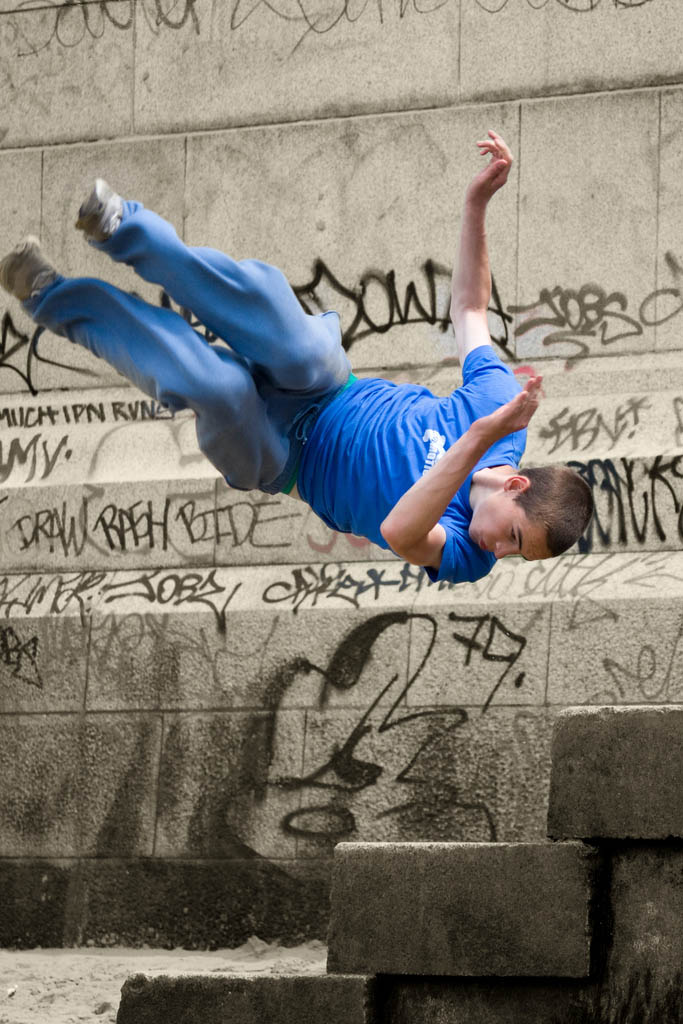 parkour pk freerunning traceurs 12 25 Incredible Parkour Photographs