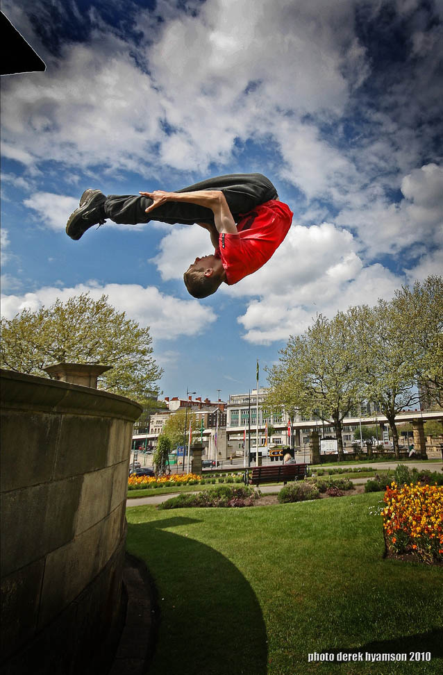 parkour pk freerunning traceurs 2 25 Incredible Parkour Photographs