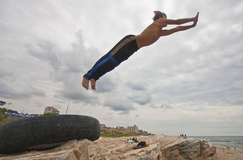 parkour pk freerunning traceurs 25 25 Incredible Parkour Photographs