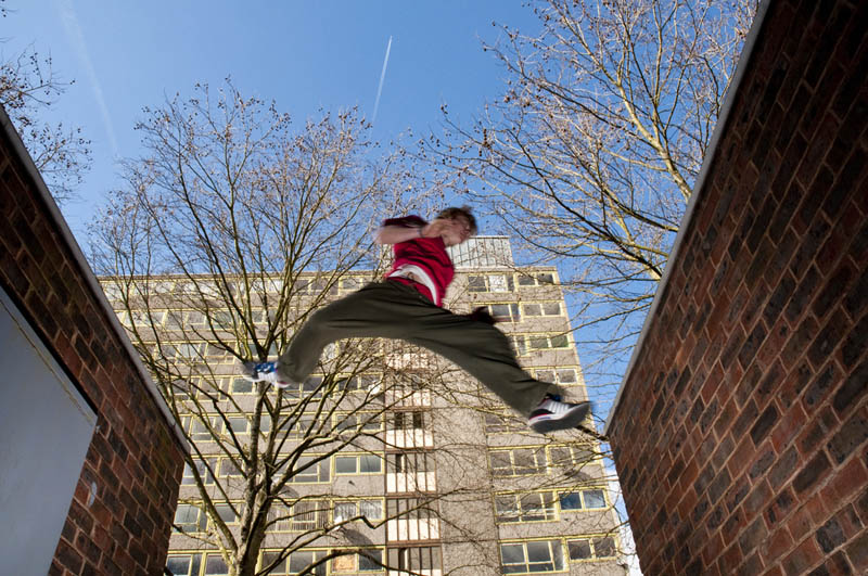 parkour pk freerunning traceurs 7 25 Incredible Parkour Photographs