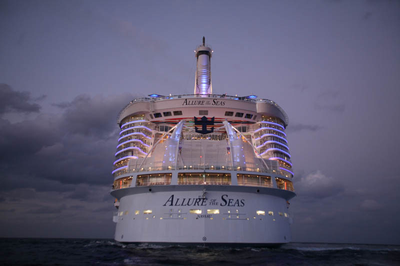 worlds biggest cruise ship allure of the seas royal carribean 20 The Worlds Largest Cruise Ship: Allure of the Seas