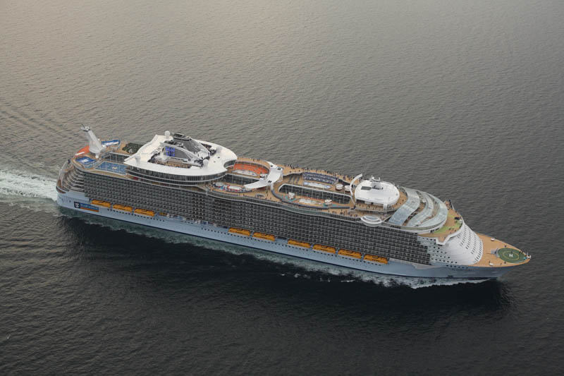 worlds biggest cruise ship allure of the seas royal carribean 26 The Worlds Largest Cruise Ship: Allure of the Seas