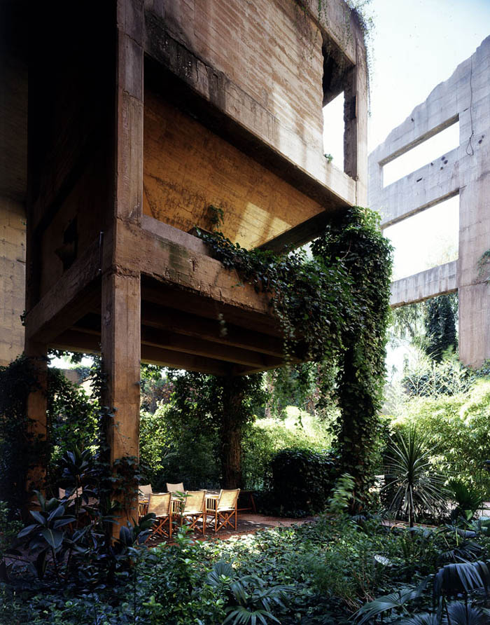 cement factory conversion ricardo bofill barcelona spain 2 Incredible Cement Factory Conversion in Barcelona [30 pics]