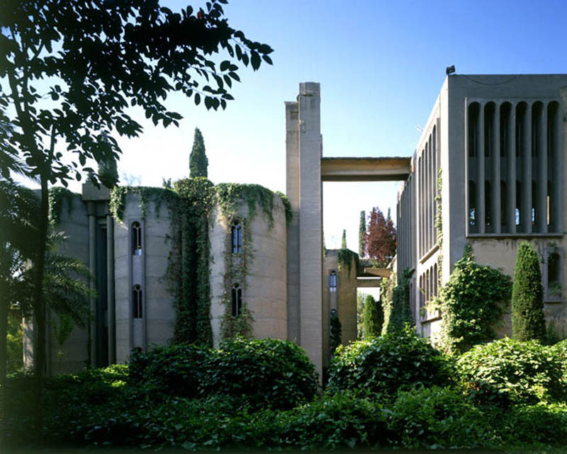 cement factory conversion ricardo bofill barcelona spain 29 Incredible Cement Factory Conversion in Barcelona [30 pics]