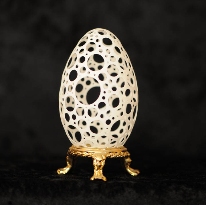 intricate egg art carvings brian baity 17 Intricate Egg Art by Brian Baity [30 pics]