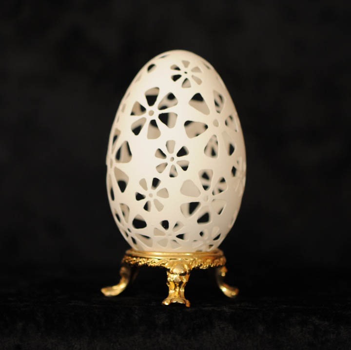 intricate egg art carvings brian baity 19 Intricate Egg Art by Brian Baity [30 pics]
