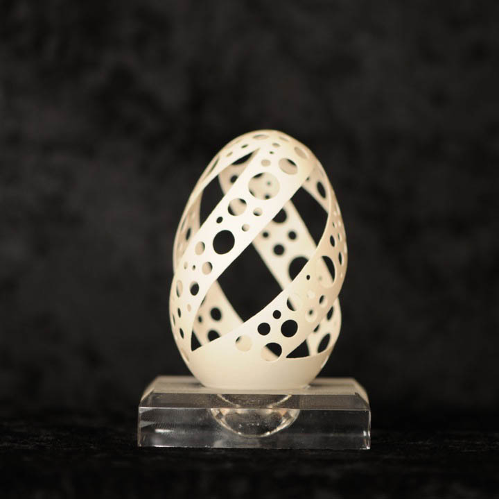intricate egg art carvings brian baity 21 Intricate Egg Art by Brian Baity [30 pics]
