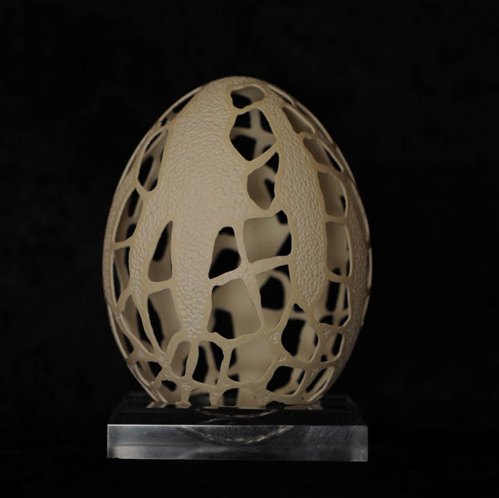intricate egg art carvings brian baity 22 Intricate Egg Art by Brian Baity [30 pics]