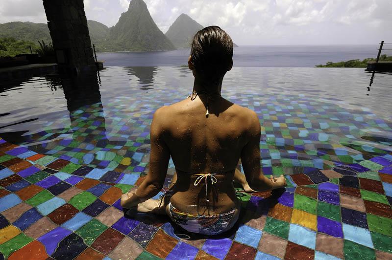 jade mountain st lucia infinity pool every room 11 Jade Mountain: Where All Rooms Have Infinity Pools