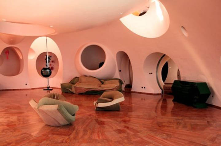 palais bulles palace of bubbles pierre cardin house antti lovag cannes 17 Pierre Cardins Bubble House Palais Bulles by Antti Lovag