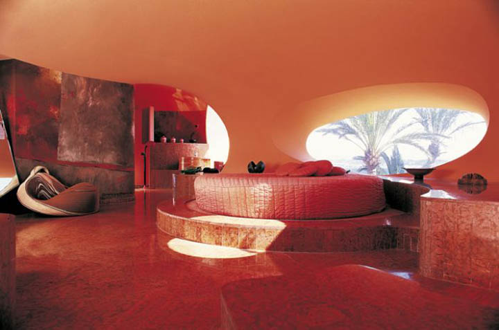palais bulles palace of bubbles pierre cardin house antti lovag cannes 29 Pierre Cardins Bubble House Palais Bulles by Antti Lovag