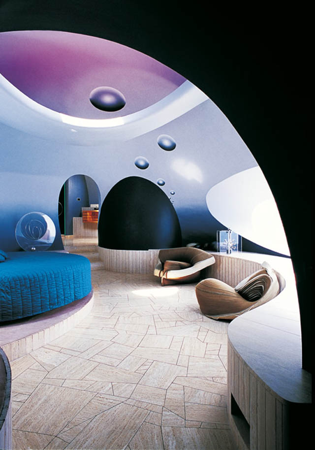 palais bulles palace of bubbles pierre cardin house antti lovag cannes 33 Pierre Cardins Bubble House Palais Bulles by Antti Lovag