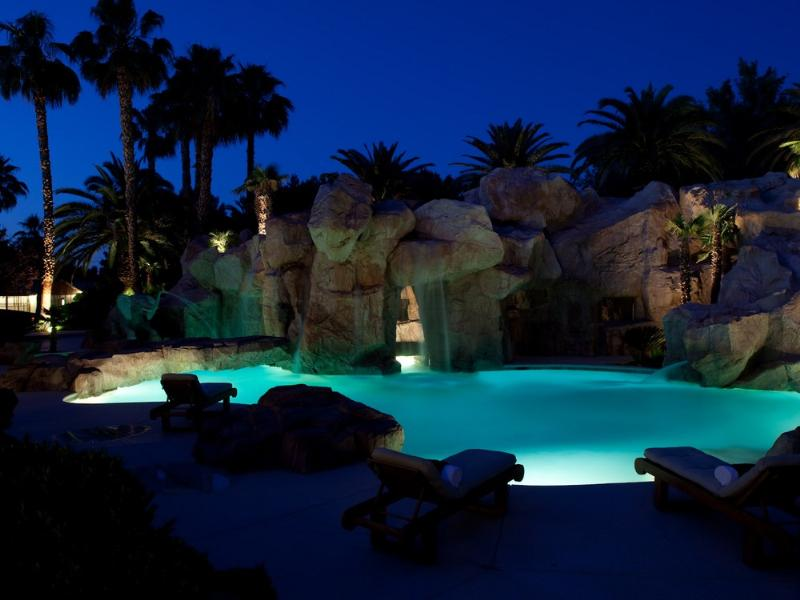 primm party compound complex las vegas 10 Crazy Party Compound in Las Vegas [20 pics]