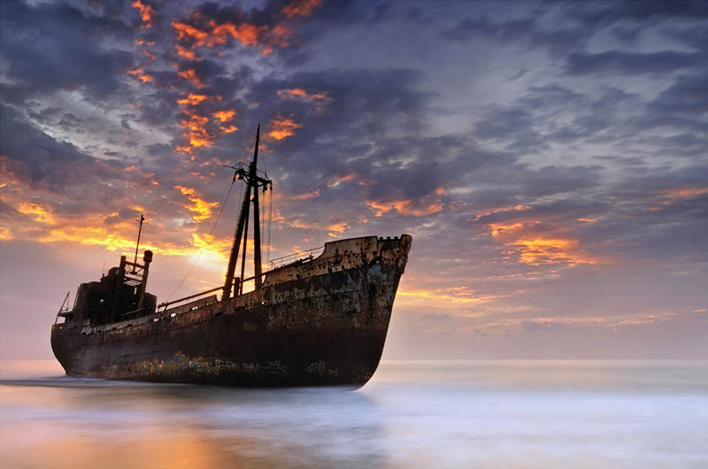 shipwreck in gytheio greece 25 Haunting Shipwrecks Around the World