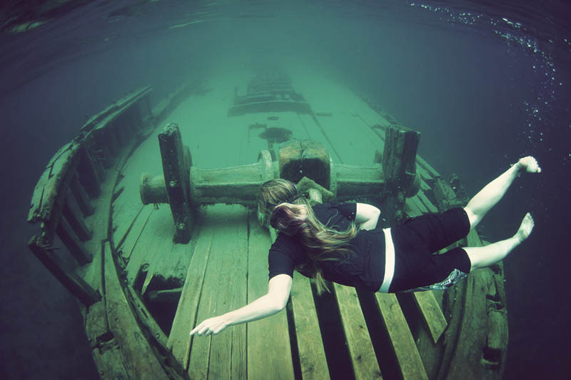 tobermory shipwreck 25 Haunting Shipwrecks Around the World