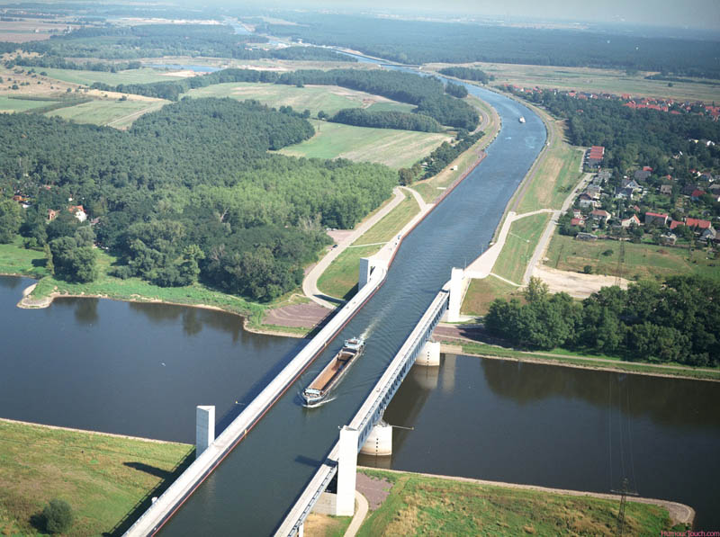 water bridge in germany Picture of the Day: Incredible Water Bridge in Germany