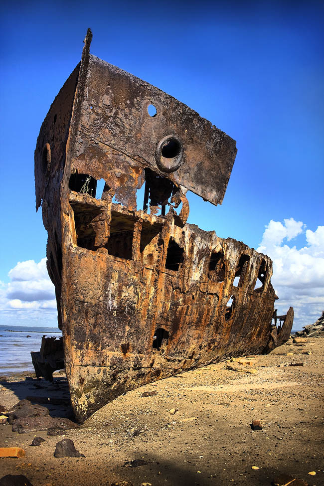 woody point redcliffe peninsula australia 25 Haunting Shipwrecks Around the World