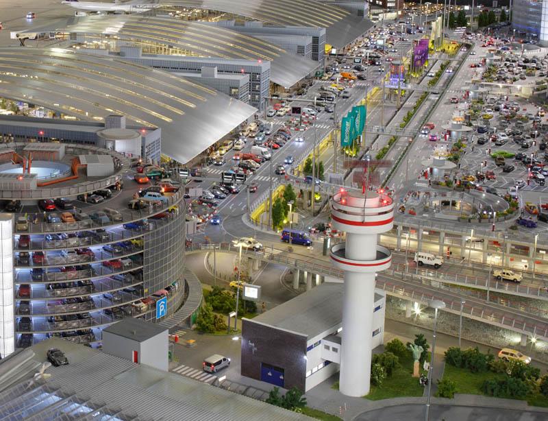 miniatur wunderland miniature wonderland 2 Miniatur Wunderland: Worlds Largest Model Railway