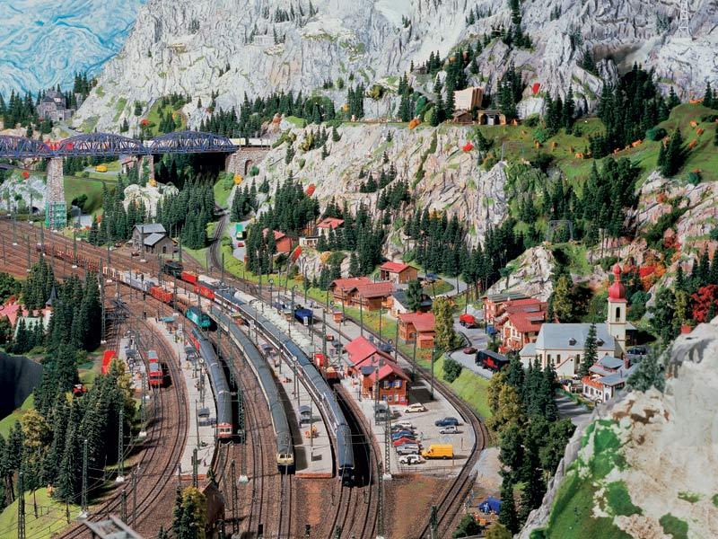 miniatur wunderland world s largest model railway. Black Bedroom Furniture Sets. Home Design Ideas
