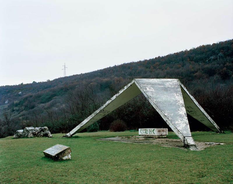 old monuments yugoslavia spomeniks jan kempenaers 22 Forgotten Monuments from the former Yugoslavia