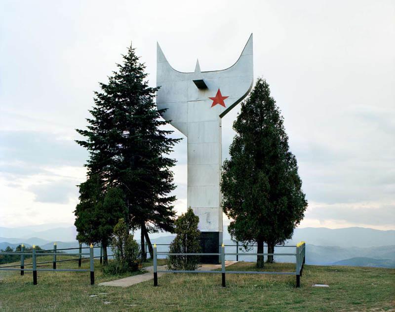 old monuments yugoslavia spomeniks jan kempenaers 23 Forgotten Monuments from the former Yugoslavia