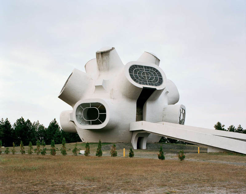 old monuments yugoslavia spomeniks jan kempenaers 4 Forgotten Monuments from the former Yugoslavia