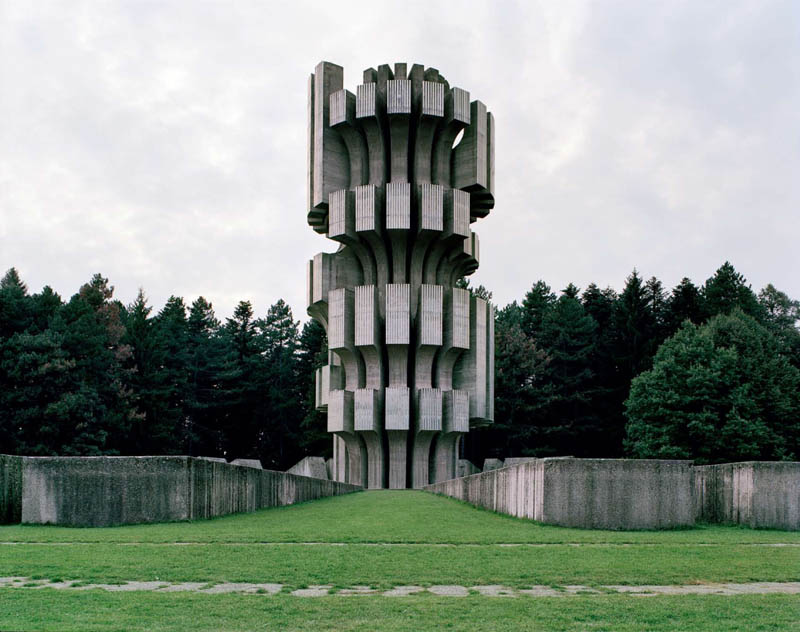 old monuments yugoslavia spomeniks jan kempenaers 5 Forgotten Monuments from the former Yugoslavia