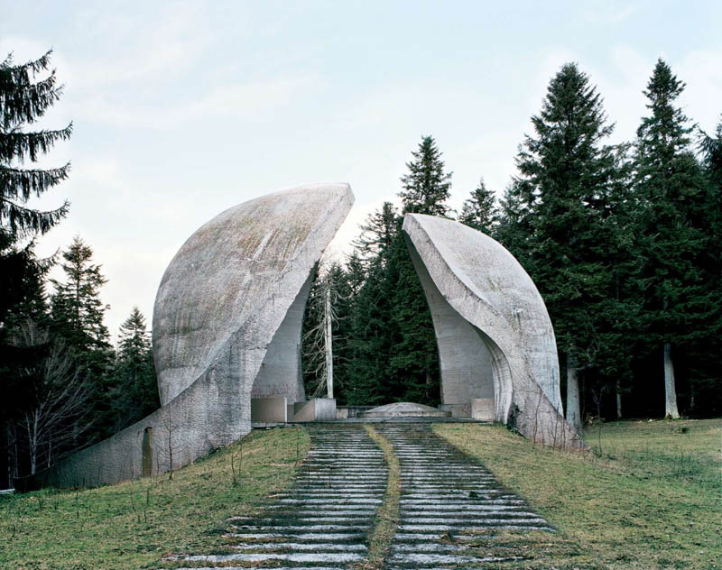 old monuments yugoslavia spomeniks jan kempenaers 6 Forgotten Monuments from the former Yugoslavia