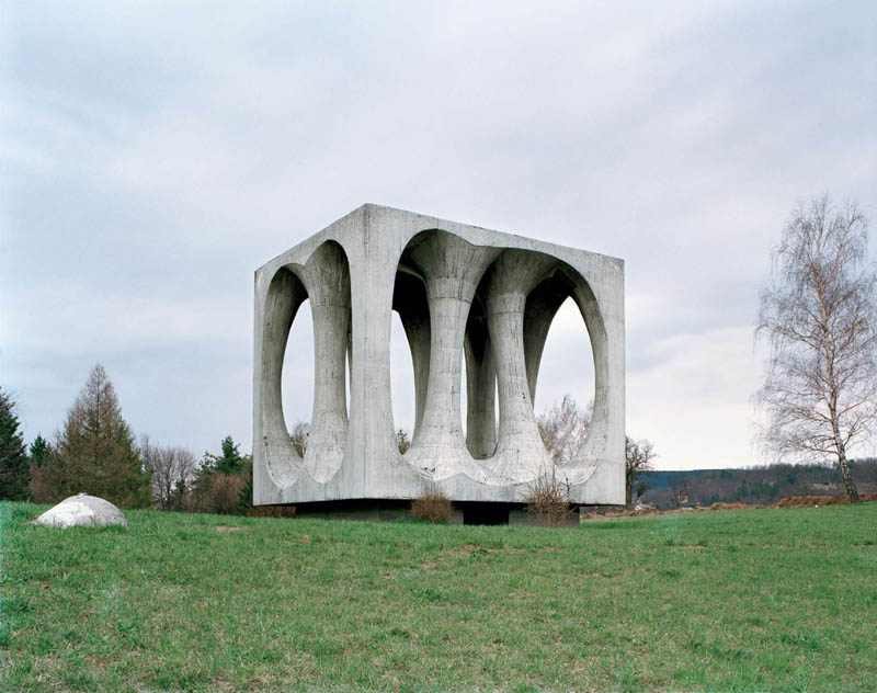 old monuments yugoslavia spomeniks jan kempenaers 7 Forgotten Monuments from the former Yugoslavia