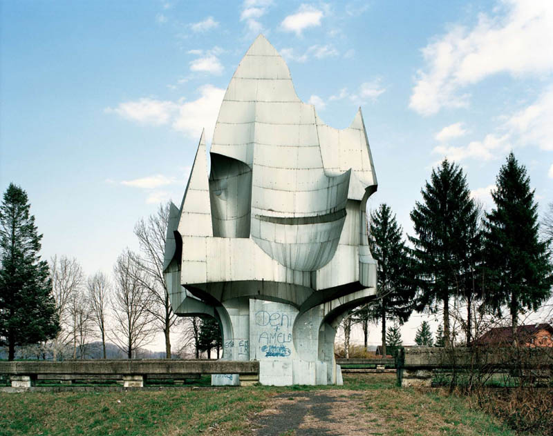 old monuments yugoslavia spomeniks jan kempenaers 9 Forgotten Monuments from the former Yugoslavia