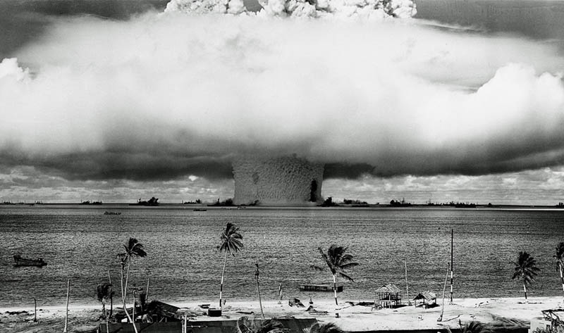 us detonate nuclear bomb bikini atoll pacific underwater 1946 mushroom cloud water Picture of the Day: Three Insane Mushroom Clouds