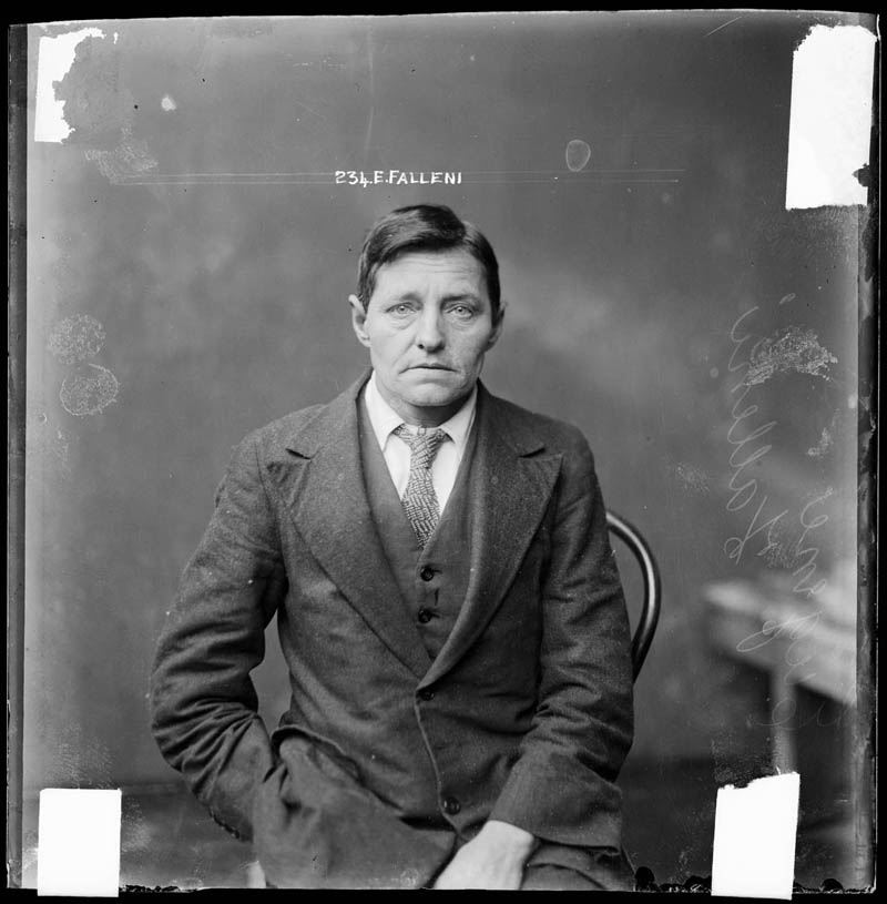 vintage mugshots black and white 3 Vintage Mugshots from the 1920s