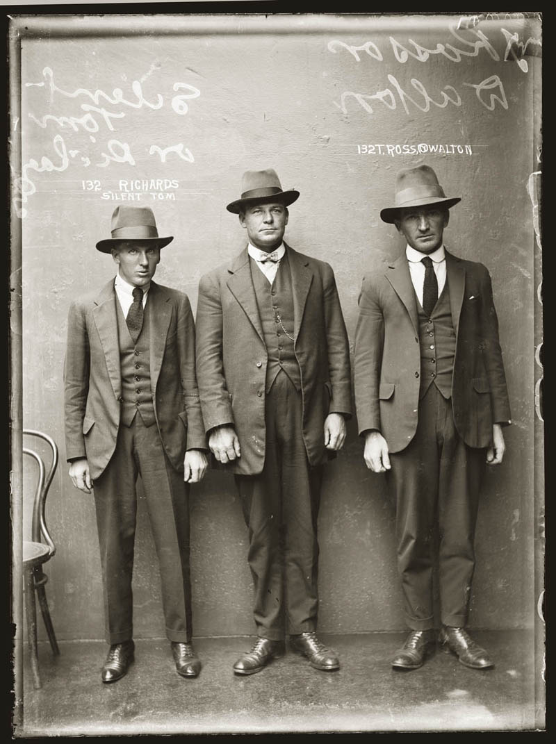 vintage mugshots black and white 4 Vintage Mugshots from the 1920s