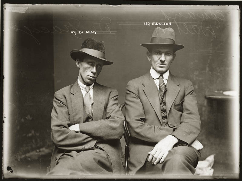 vintage mugshots black and white 5 Vintage Mugshots from the 1920s