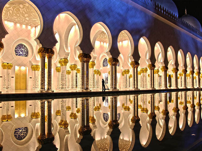 Picture of the Day: Zayed Mosque, AbuDhabi