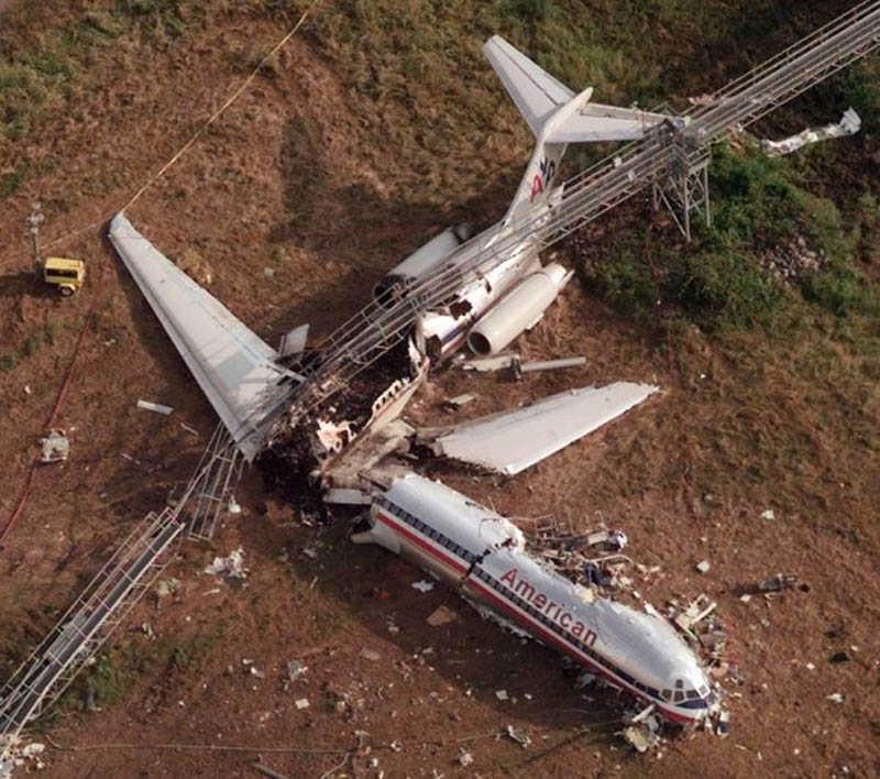 american airlines flight 1420 crashes This Day In History   June 1st