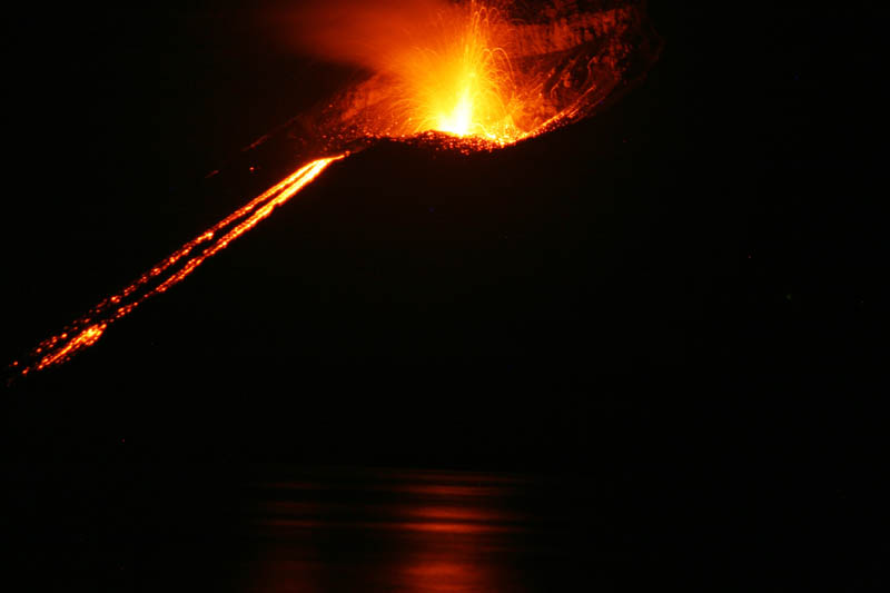 mount krakatoa eruption volcano 30 Incredible Photos of Volcanic Eruptions
