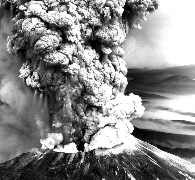 mount st helens volcano eruption 1980 black and white 30 Incredible Photos of Volcanic Eruptions