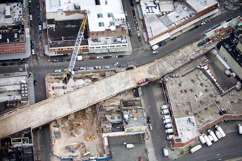 new york city high line construction under construction 2006 The High Line: New Yorks Park in the Sky [25 pics]