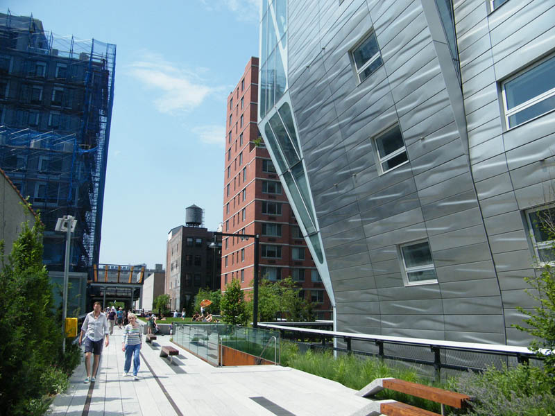 new york high line manhattan 2 The High Line: New Yorks Park in the Sky [25 pics]