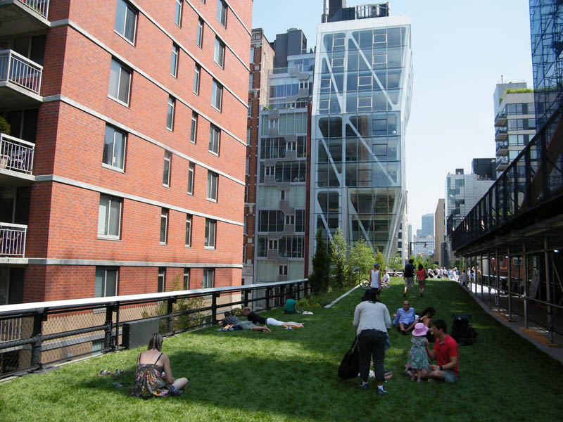 new york high line manhattan 3 The High Line: New Yorks Park in the Sky [25 pics]