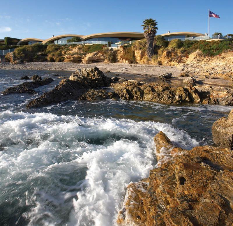 portabello estate mansion california cameo shores corona del mar 1 The Portabello Estate in Orange County [25 photos]