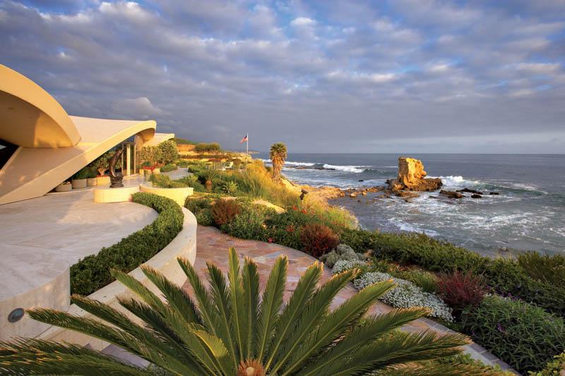 portabello estate mansion california cameo shores corona del mar 20 The Portabello Estate in Orange County [25 photos]