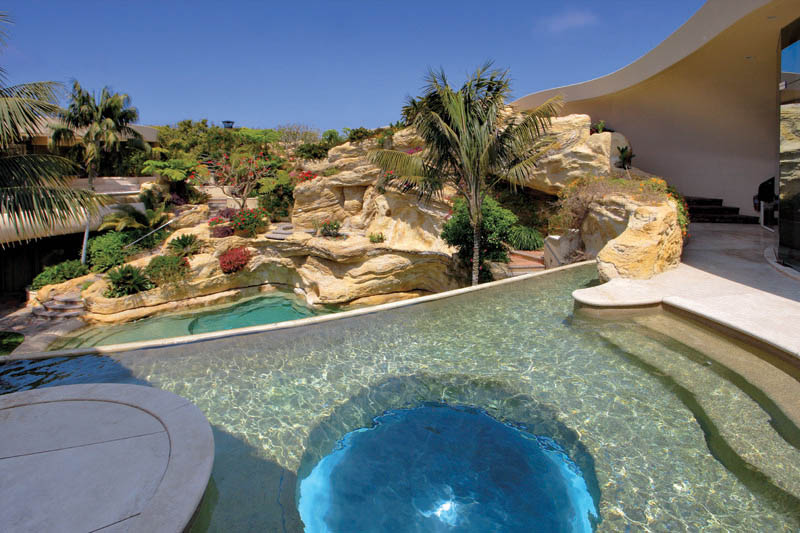 portabello estate mansion california cameo shores corona del mar 5 The Portabello Estate in Orange County [25 photos]