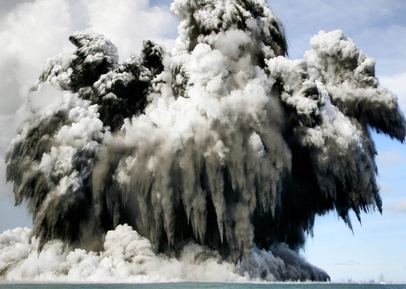 tonga undersea volcanic eruption 2009 30 Incredible Photos of Volcanic Eruptions